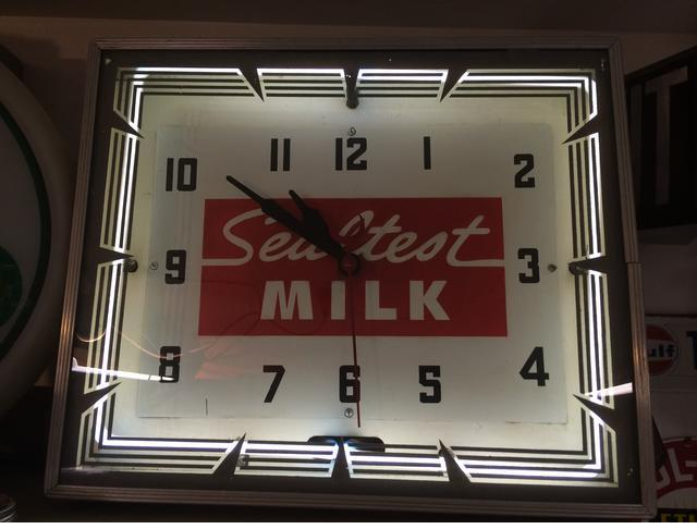Attached picture Sealtest Neon Clock.jpg