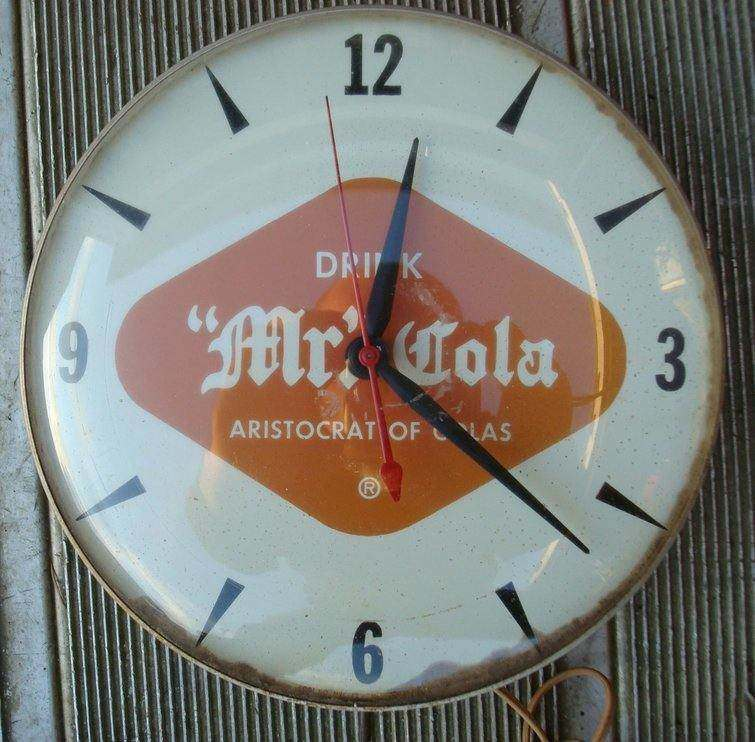rsz_mr_cola_clock_10_inch-1.jpg