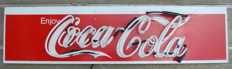 rsz_coca_cola_neon_sign-1.jpg