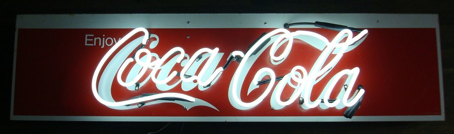 rsz_coca_cola_neon_sign-2.jpg