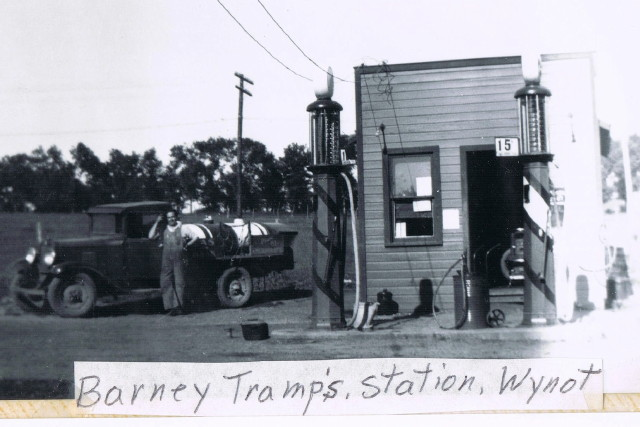 Wynot NE Station 1938-1941 - copy.jpg