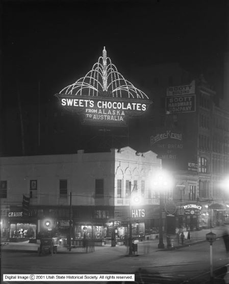 Sweet_Candy_Company_and_Main_Street_at_Night (1).jpg