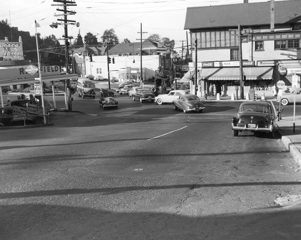 a2005-001-163-w-burnside-st-and-23rd-ave-to-the-south-from-vista-ave-1952.jpg