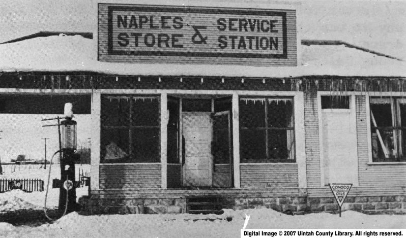 Naples_Store_and_Service_Station.jpg