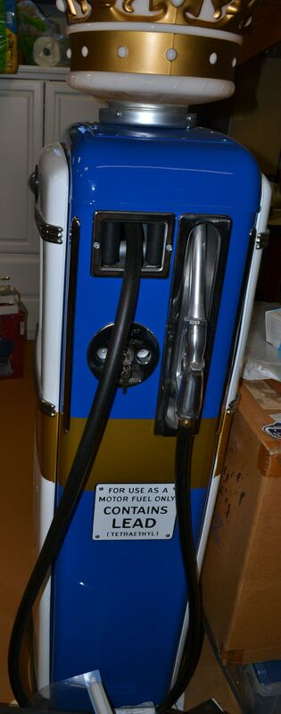 Blue Pump - side2.JPG