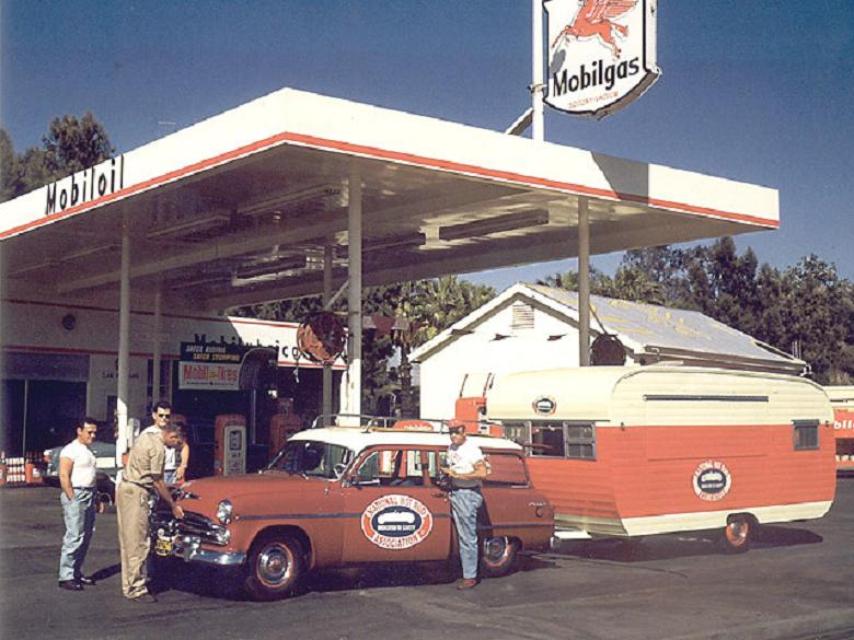 1954%20NHRA%20Safety%20Safari%201.jpg
