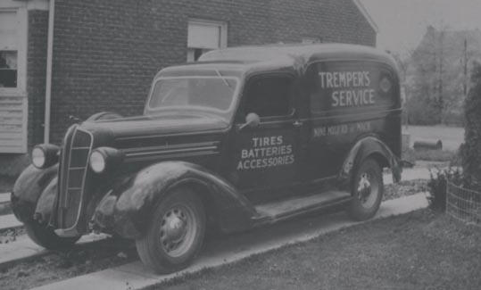 SCS 40's Greater Mack_Trempers Service truck (2).jpg